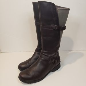 Teva leather and Canvas Boots Size 8